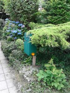 brievenbus aan de weg